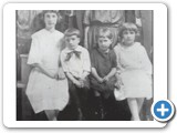 B.W. and Josie Hunt Family-1923